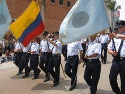 20080215010920-desfiles.jpg